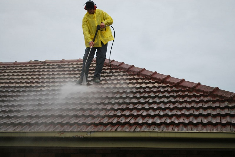 roof-cleaning-west-palm-beach