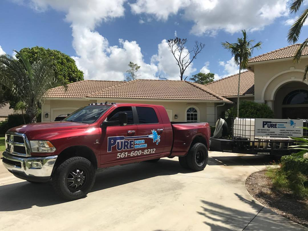 Jensen Beach pressure washing